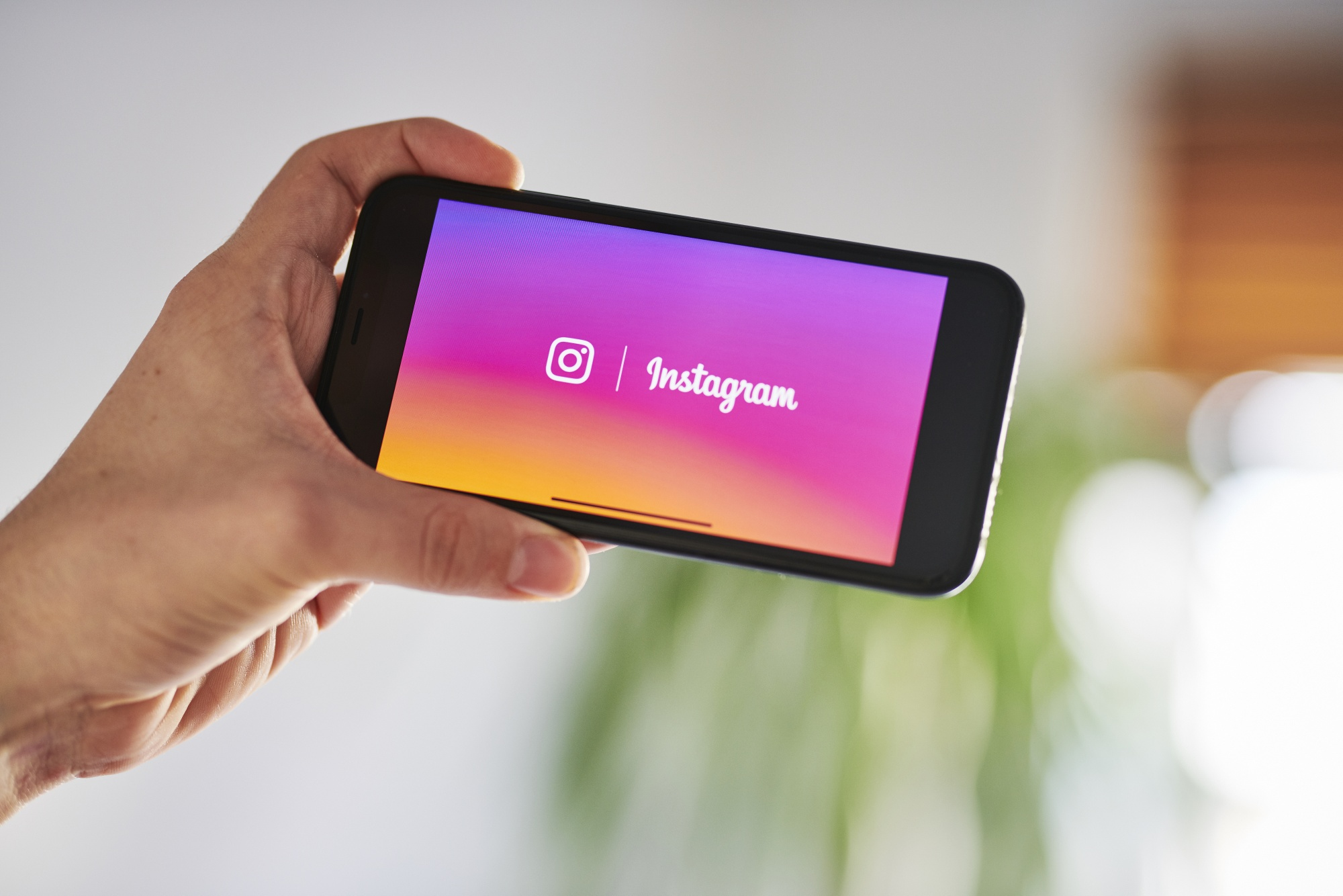 Mengapa Instagram Jadi Media Sosial yang Populer?